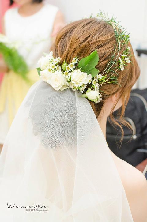新娘鮮花造型-低盤髮新娘-新娘編髮造型-花圈髮型-優雅新娘-甜美新娘-韓系新娘-巫葳葳-葳葳新娘秘書